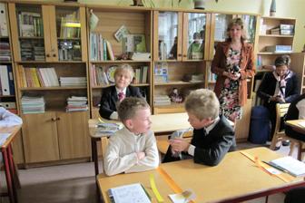 Mēbeles skolām