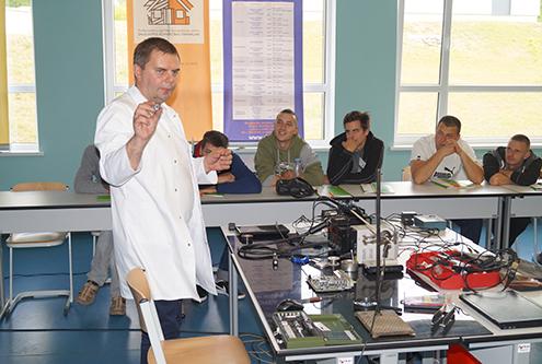 Post image for Daugavpils Būvniecības tehnikuma izglītojamie gatavojas mūsdienīgam darba tirgum