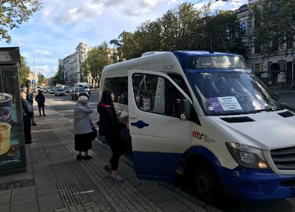 Post image for Jauna cerība, ka mikroautobusi Rīgā kursēs arī nākamgad