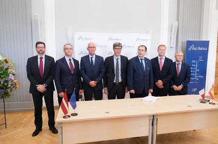 Post image for Turpinās vērienīgie darbi Rail Baltica īstenošanai