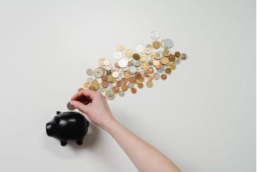 Post image for Apgrozāmo līdzekļu granta programmā piešķir papildu finansējumu un fokusē atbalstu uz Covid-19 krīzē visvairāk cietušajiem