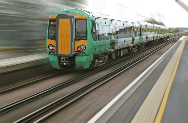 Post image for Tiks meklēts videi draudzīgs risinājums neelektrificēto līniju attīstībai, kas ļautu piesaistīt Eiropas Savienības līdzfinansējumu vilcienu iegādei