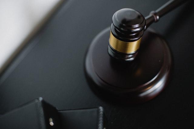 Post image for Vai par pasūtītāju var kļūt privāto tiesību juridiskā persona pati par to nenojaušot?